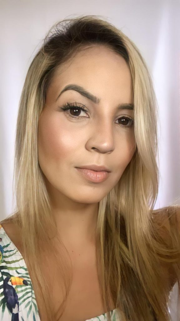 Maquiadora Paulynha Sales